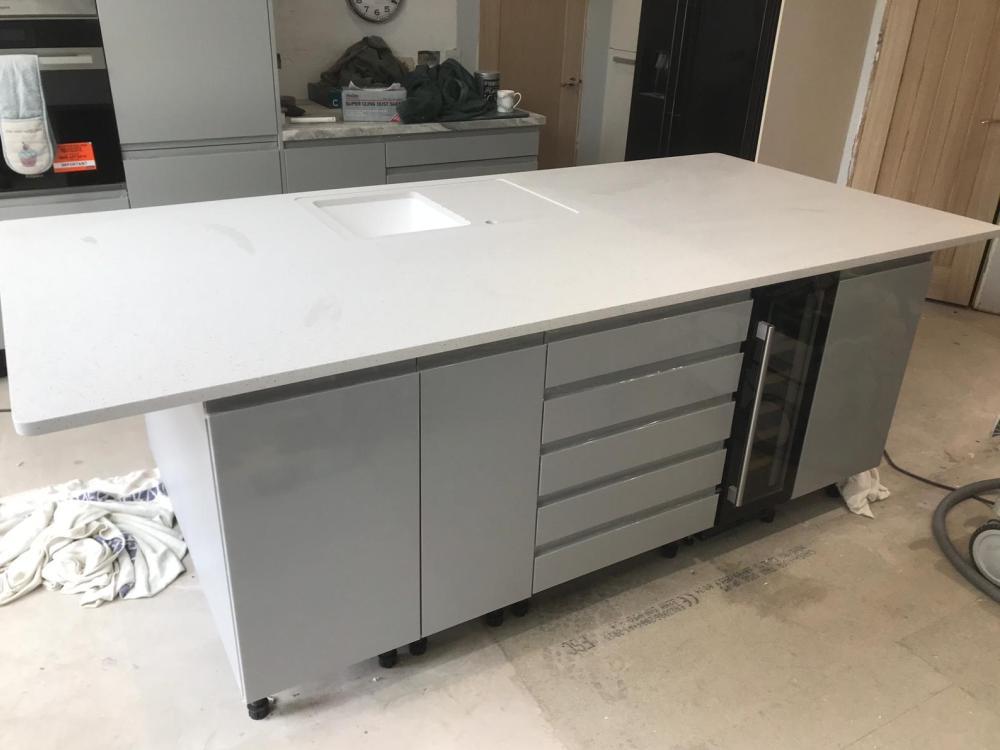 Grey Crystal, Sidcup, October 2019